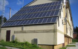 Instalación de placas solares fotovoltaicas fijas