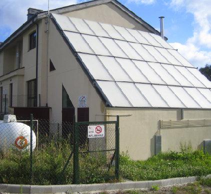 Instalación de placas solares térmicas fijas