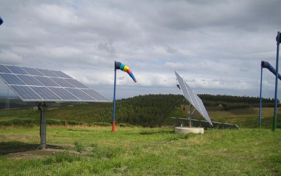 Instalación de seguidores solares fotovoltaicos